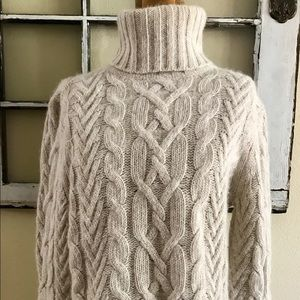 Sarah Spencer turtle neck sweater